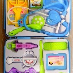Доктор игрален комплект в чанта